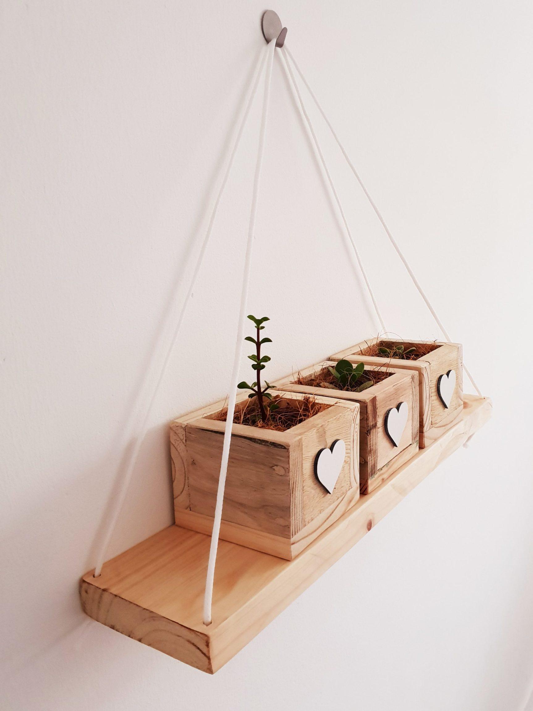 Pine wall hangers
