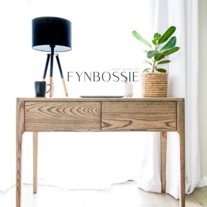 Blanco desk/dressing table