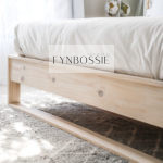 Protea pine bed base