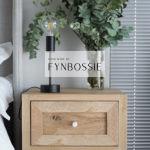 Oak French style pedestal
